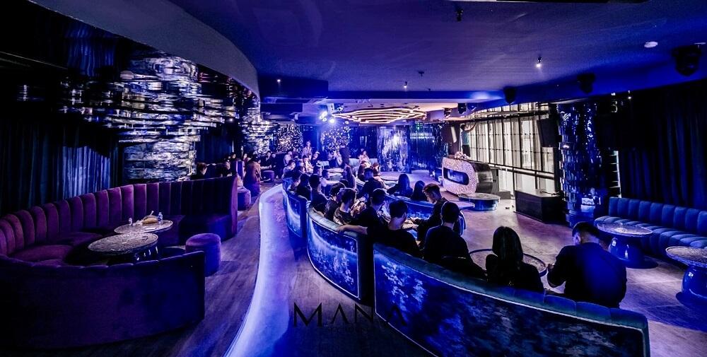 Mana Sky Lounge 16